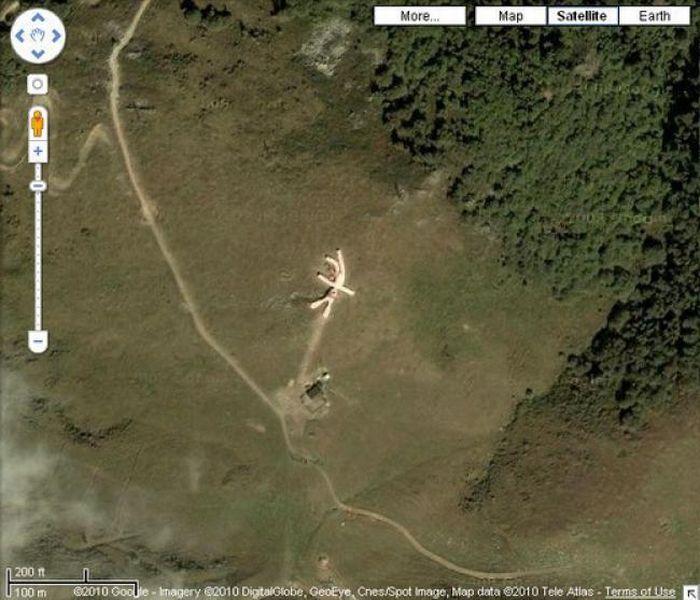 Прикольные места на планете, которые можно рассмотреть на Google Earth (20 фото)