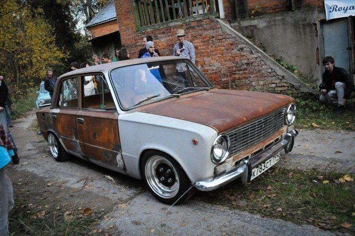 Фестиваль авто с заниженной подвеской Radical Autumn (36 фото)
