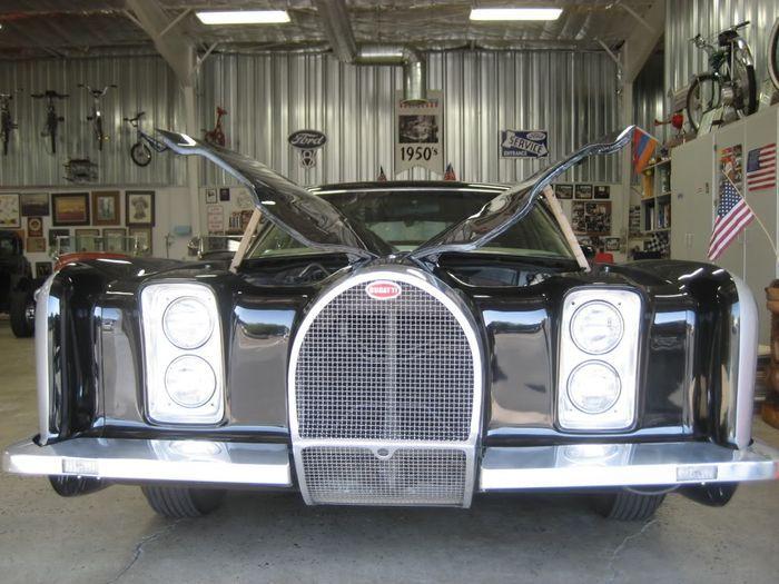 Симбиоз Bugatti и Lincoln в неизвестном Bugincoln (16 фото)