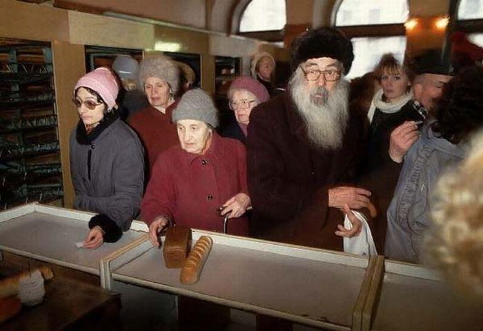 Дефицит в Советском Союзе (18 фото)