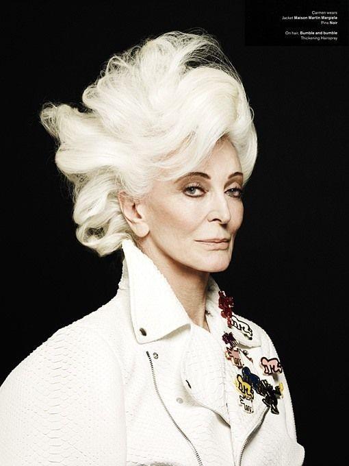 Cамая старая женщина-модель (16 фото)
