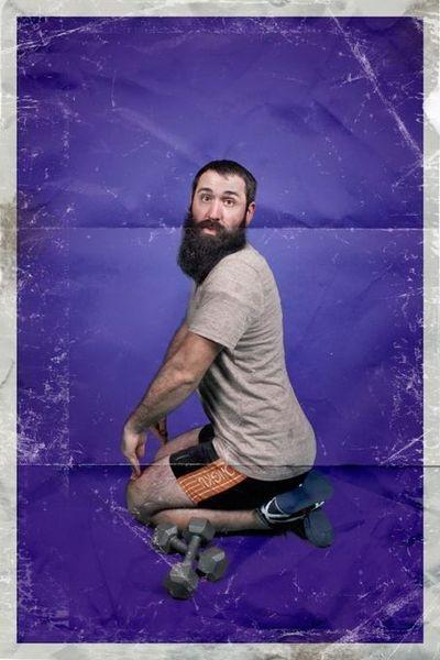 Креативный пин-ап календарь с фотографиями мужчин (12 фото)