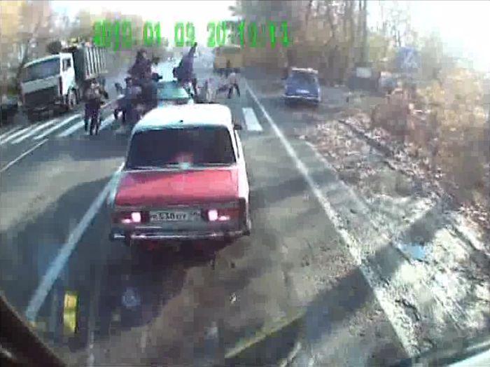 Авария дня часть 330 (фото+2 видео)
