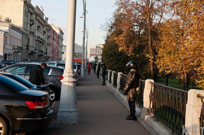 Учения ФСО в Александровском саду (16 фото)