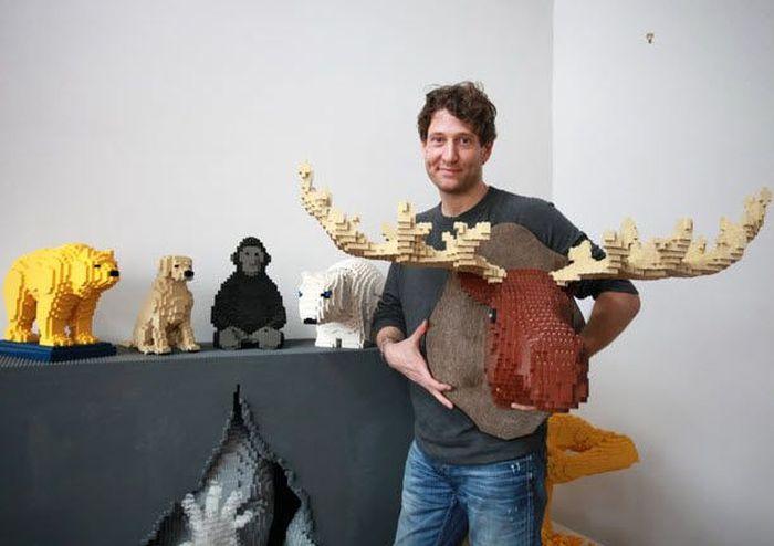 Удивительные Lego-скульптуры Натана Савайи (18 фото)