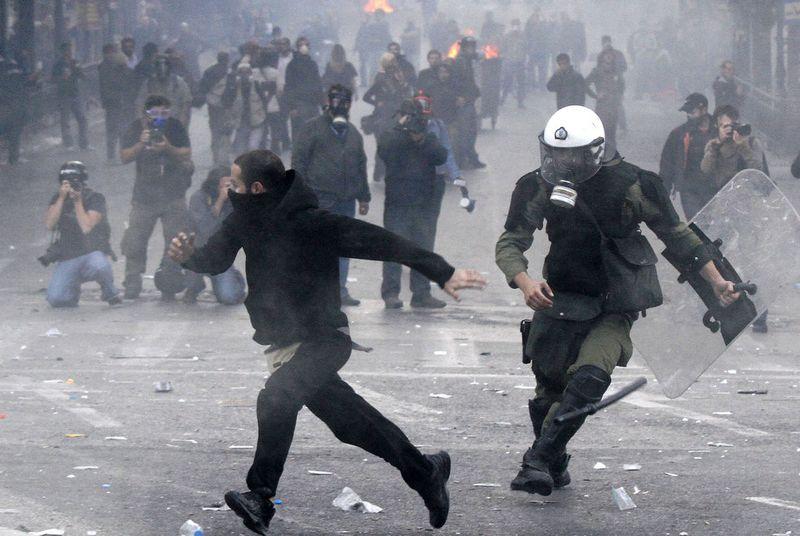 greece riots 101911 01 Беспорядки в Греции: второй день демонстраций