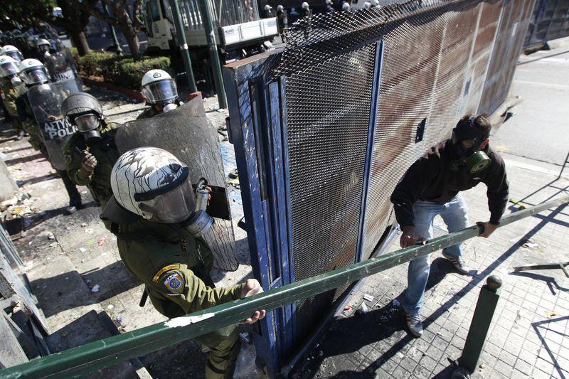 greece riots 101911 08 Беспорядки в Греции: второй день демонстраций