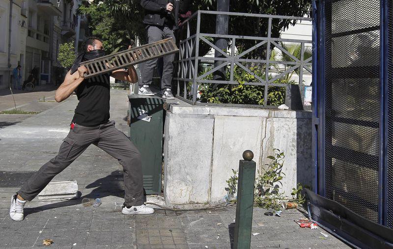 greece riots 101911 10 Беспорядки в Греции: второй день демонстраций