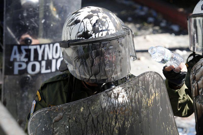 greece riots 101911 12 Беспорядки в Греции: второй день демонстраций