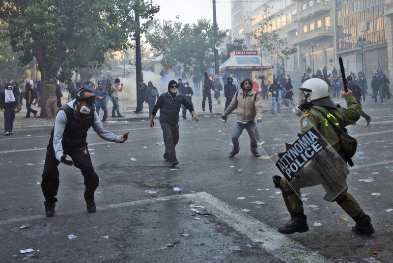 greece riots 101911 19 Беспорядки в Греции: второй день демонстраций