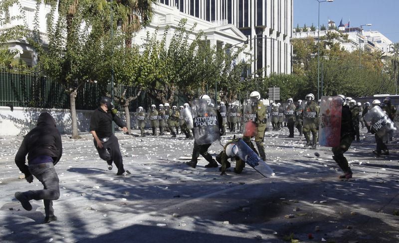 greece riots 101911 20 Беспорядки в Греции: второй день демонстраций