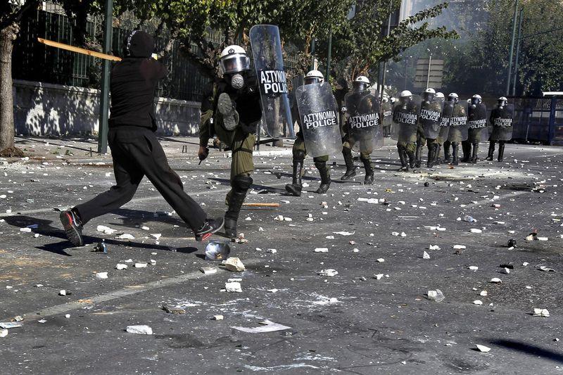 greece riots 101911 21 Беспорядки в Греции: второй день демонстраций