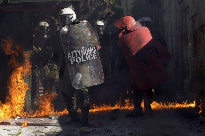 greece riots 101911 28 Беспорядки в Греции: второй день демонстраций