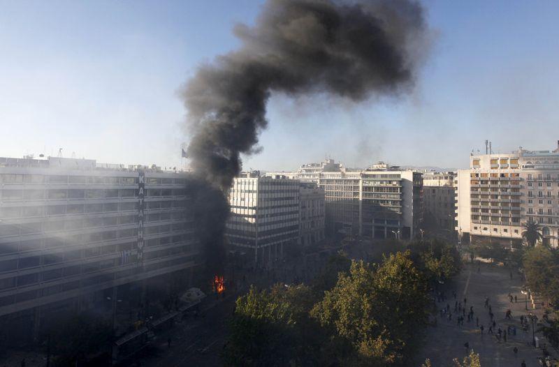 greece riots 101911 30 Беспорядки в Греции: второй день демонстраций