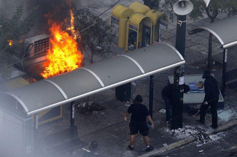 greece riots 101911 33 Беспорядки в Греции: второй день демонстраций
