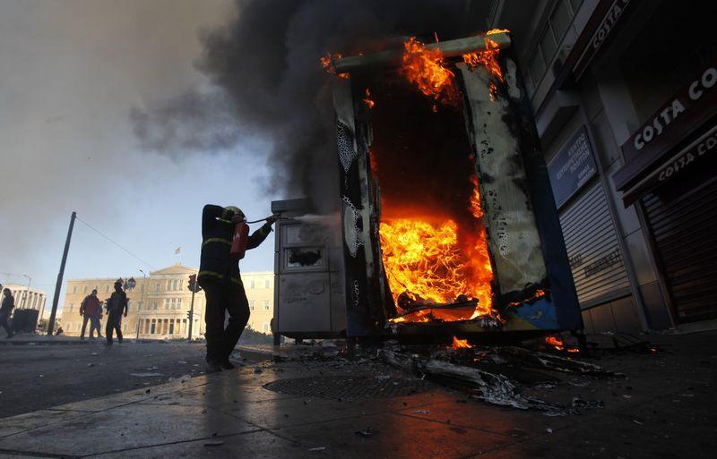 greece riots 101911 36 Беспорядки в Греции: второй день демонстраций