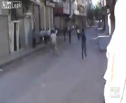 Кровавая бойня между правительством и протестантами в Сирии
