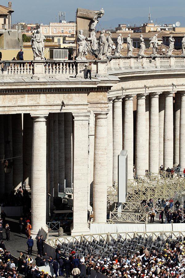 Папа, где Христос? (4 фото)