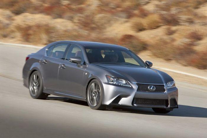 Lexus GS нового поколения получит заднюю подруливающую подвеску (29 фото+видео)