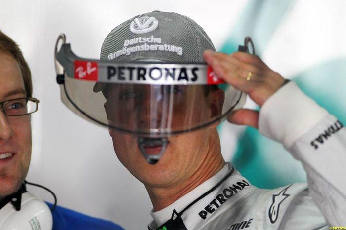Михаэль Шумахер завершает карьеру в Формуле-1 (текст)