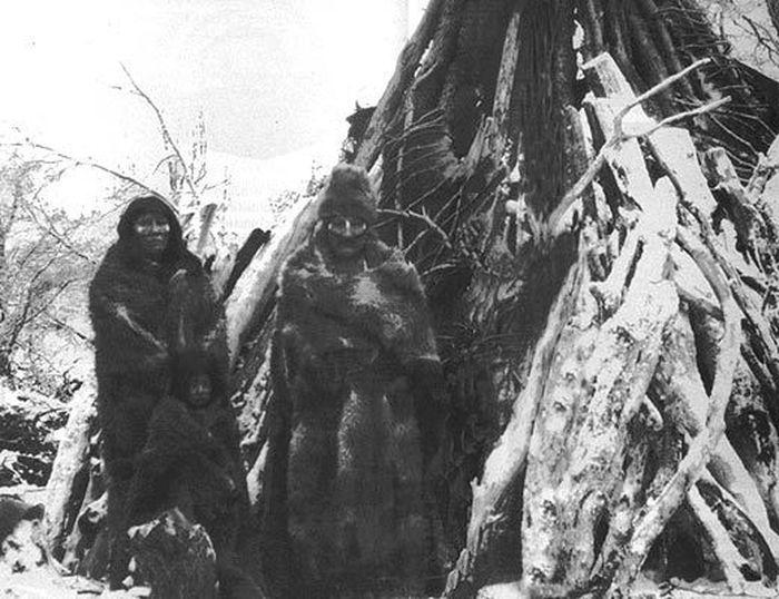 Мартин Гусинде и индейцы Огненной Земли (12 фото)