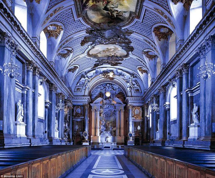 Внутри дворцов Европы (12 фото)