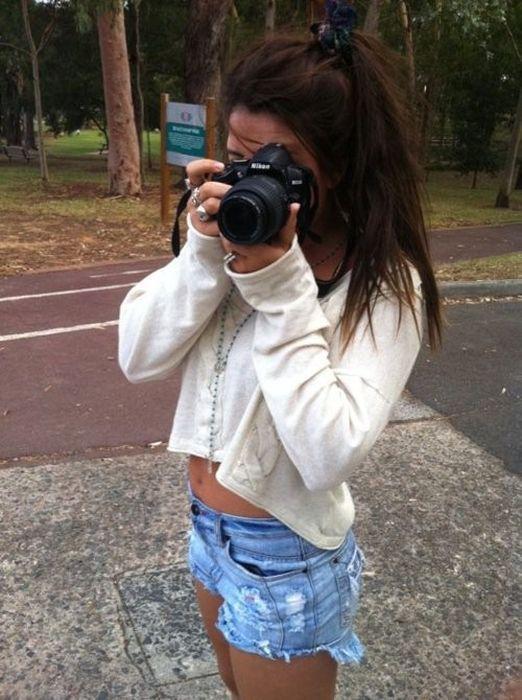 Chicas en pantalones muy cortos 6