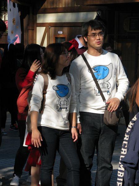 Корейцы любят одинаково одеваться (10 фото)