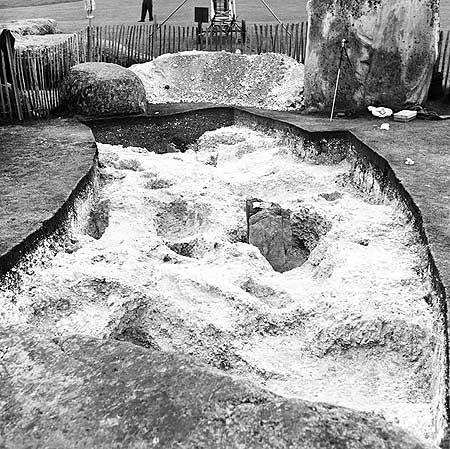 restavraciya 0009 (FOTO) VELIKA BRITANSKA PREVARA: Stounhendž je sagrađen 1954. godine!!!