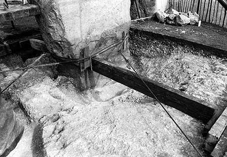 restavraciya 0017 (FOTO) VELIKA BRITANSKA PREVARA: Stounhendž je sagrađen 1954. godine!!!