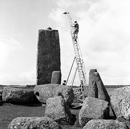 restavraciya 0029 (FOTO) VELIKA BRITANSKA PREVARA: Stounhendž je sagrađen 1954. godine!!!