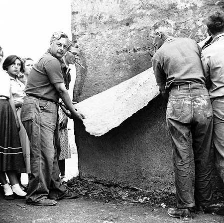 restavraciya 0054 (FOTO) VELIKA BRITANSKA PREVARA: Stounhendž je sagrađen 1954. godine!!!