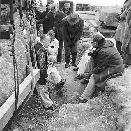 restavraciya 0064 (FOTO) VELIKA BRITANSKA PREVARA: Stounhendž je sagrađen 1954. godine!!!