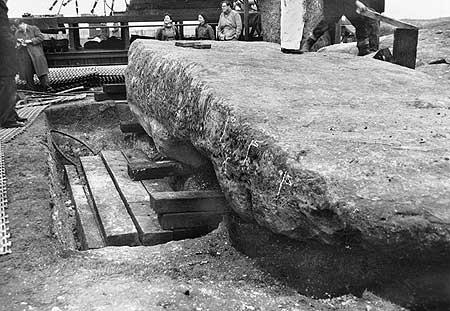 restavraciya 0073 (FOTO) VELIKA BRITANSKA PREVARA: Stounhendž je sagrađen 1954. godine!!!