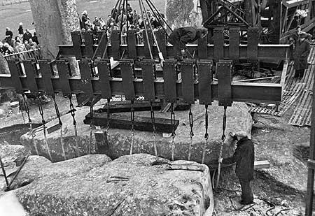 restavraciya 0074 (FOTO) VELIKA BRITANSKA PREVARA: Stounhendž je sagrađen 1954. godine!!!