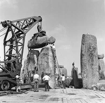 restavraciya 0095 (FOTO) VELIKA BRITANSKA PREVARA: Stounhendž je sagrađen 1954. godine!!!