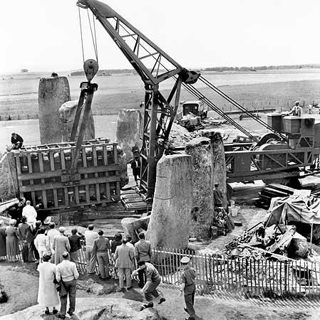 restavraciya 0099 (FOTO) VELIKA BRITANSKA PREVARA: Stounhendž je sagrađen 1954. godine!!!