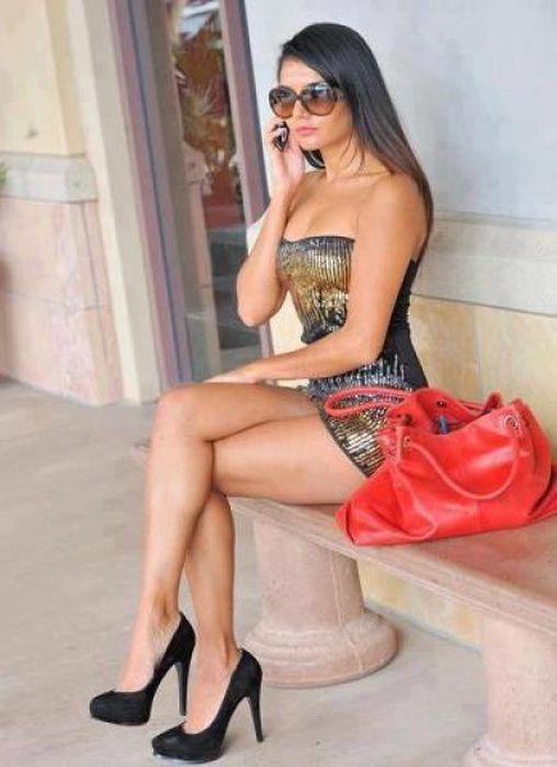 .COM COMPILÓ FOTOS DE Los mejores vestidos ajustados DE CHICAS SEXYS