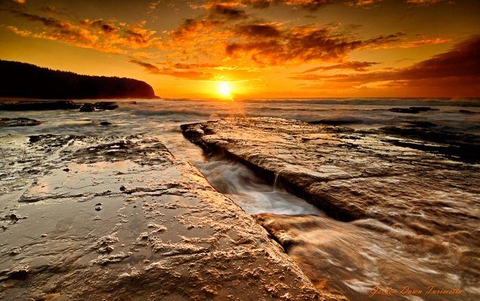 Живописный пляж Туриметта (13 фото)
