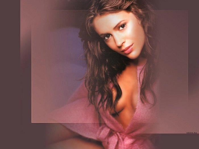Термины, которые определяют положение женской груди на фото (13 фото)