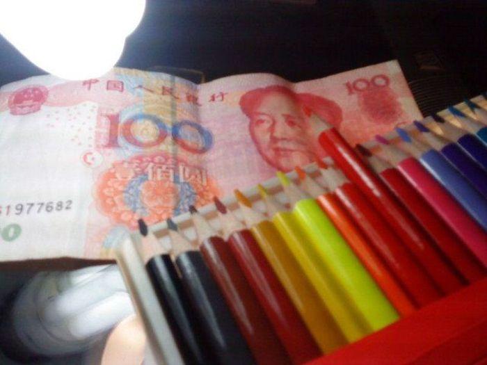 Рисует деньги (34 фото)