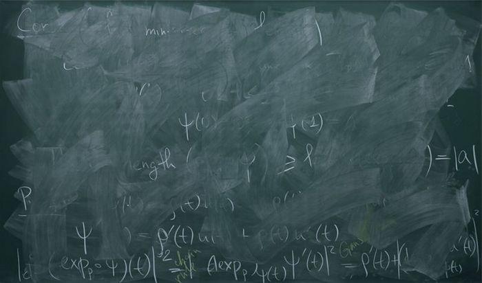 Доски в аудиториях престижных институтов квантовой механики (4 фото)