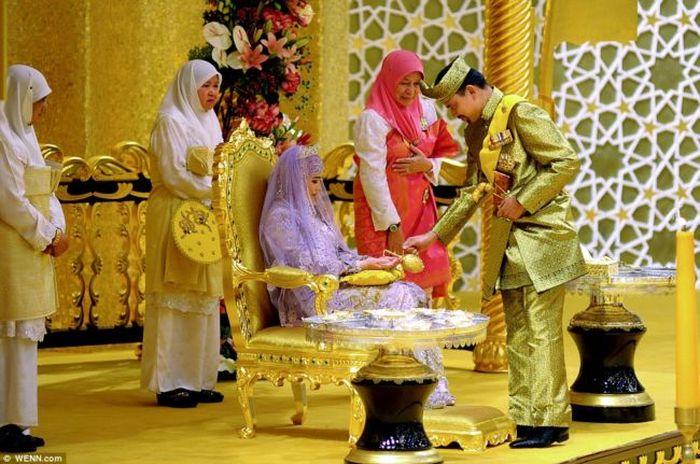 Свадьба дочери султана Брунея (13 фото + 1 видео)