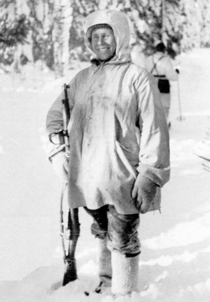 Симо Хяюхя - самый результативный снайпер (2 фото)