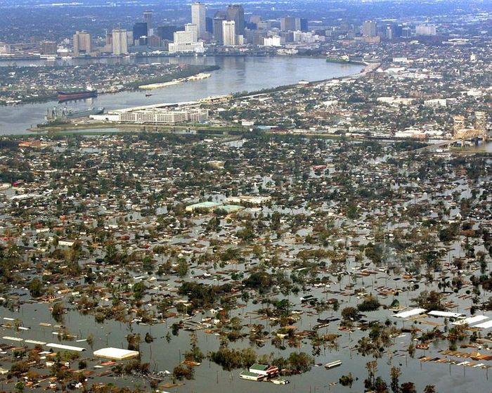 5 самых разрушительных ураганов в США за последние 10 лет (9 фото)