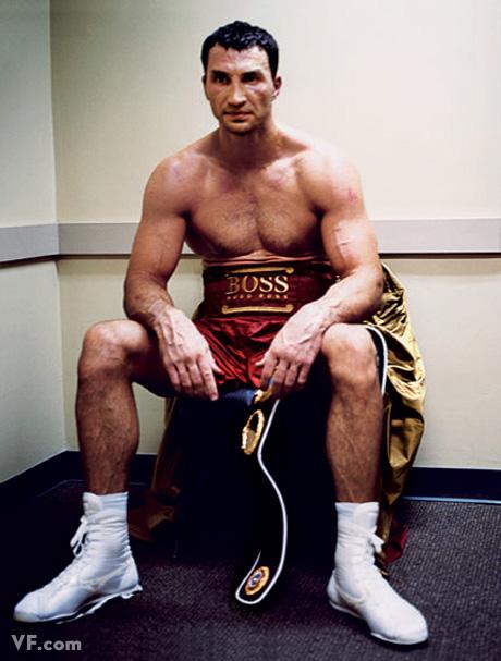 Июнь 2008: Боксер-тяжеловес Владимир Кличко отдыхает. Photograph by Sam Taylor-Wood.