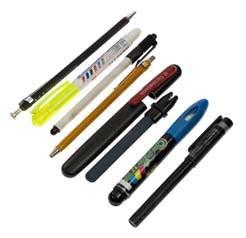 Средний этаж: второй слой: правый вертикальный у застежки<br> 17. Шариковые ручки<br> 18. Фломастеры<br> 19. Цанговый карандаш с грифелем 2,2 мм<br> 20. Комбинированная точилка для ножей<br> 21. Маркер текста