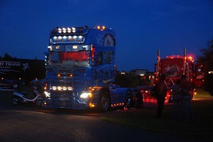 Потрясающее финское шоу грузовиков 2009 (30 фото)