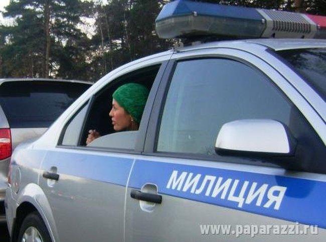 Участницу дома-2 задержала милиция (4 фото)