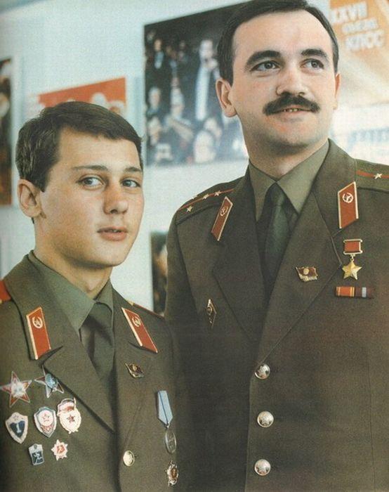 Солдаты и офицеры Советской армии (93 фото)
